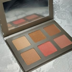 Iconic London Blaze Chaser Palette